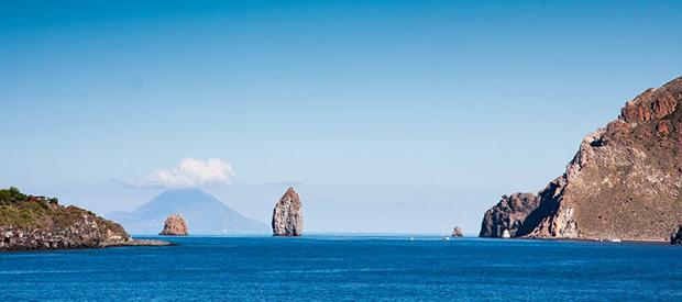 lipari-isole-eolie-faraglioni